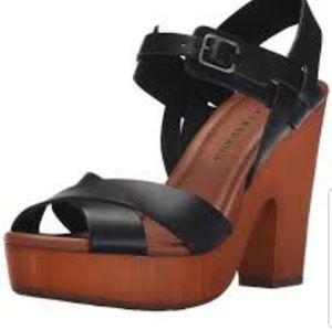 Lucky Brand Nova Platform sandals sz 9